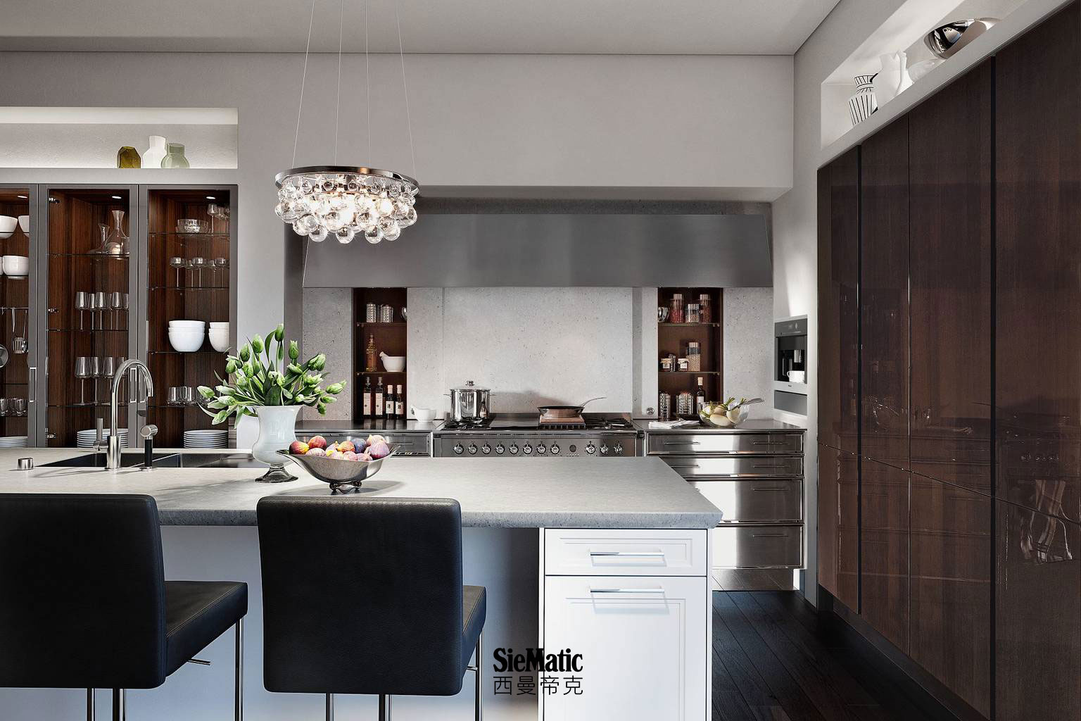 Timelessly elegant kitchen from the Classic style collection with SieMatic StoneDesign countertop and elliptical edging