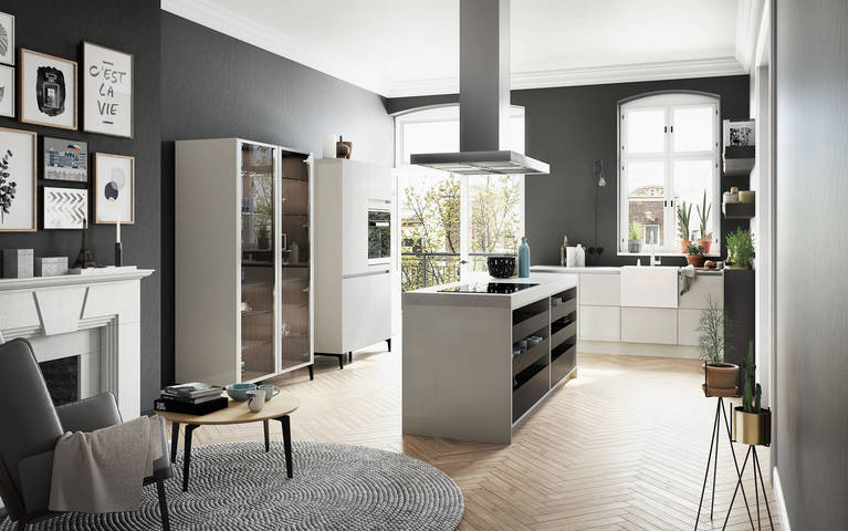 SieMatic Urban S2 SE in sterling grey with kitchen island, glass display and tall cabinets